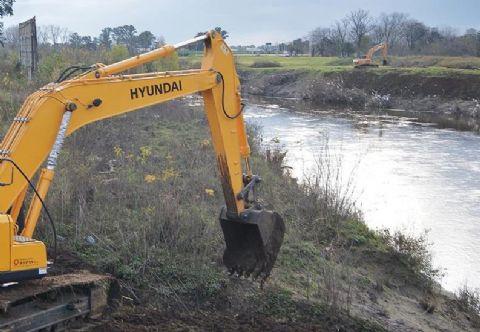 Inquietud parlamentaria por las obras que se est�n llevando a cabo en la cuenca del R�o Luj�n.