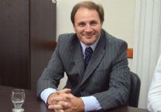 El diputado Santiago inst� a �proteger a los usuarios y choferes�.
