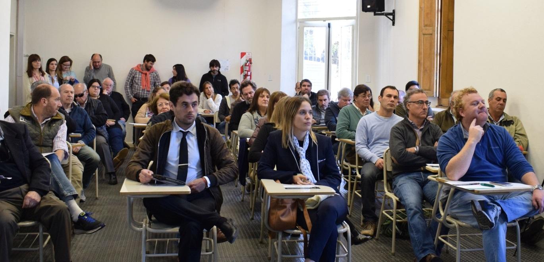 La Universidad Nacional de San Antonio de Areco presentó, este martes 4 de junio, su Escuela de Dirigentes que, en esta primera edición, es auspiciada por el Banco de la Nación Argentina.
