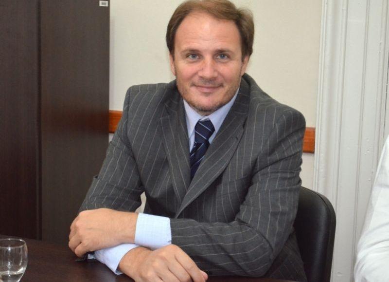 El legislador Jorge Santiago (GEN-1País) está nuevamente, según el relevamiento del semanario La Tecla, entre los que más proyectos presentaron en lo que va del 2017.