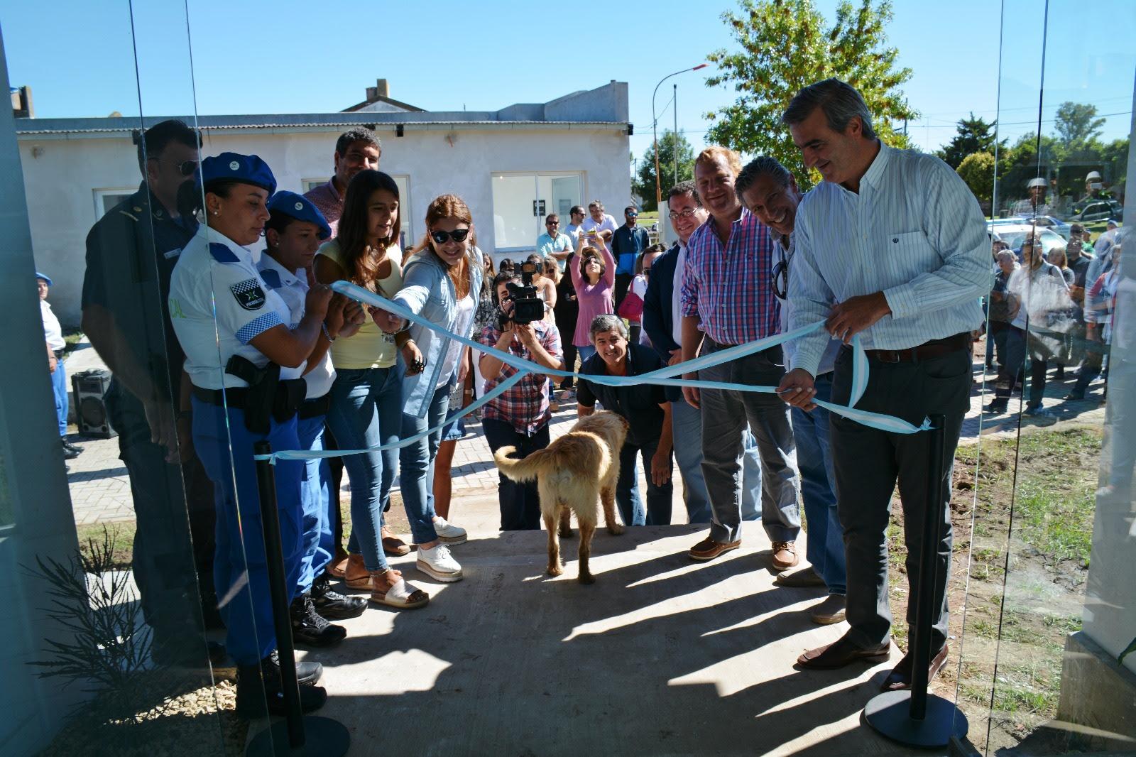El Municipio inauguró este viernes la Comisaría de la Mujer y la Familia en el predio del antiguo zanjón del frigorífico, recuperado luego de las obras hídricas de Cuenca Este etapa I.