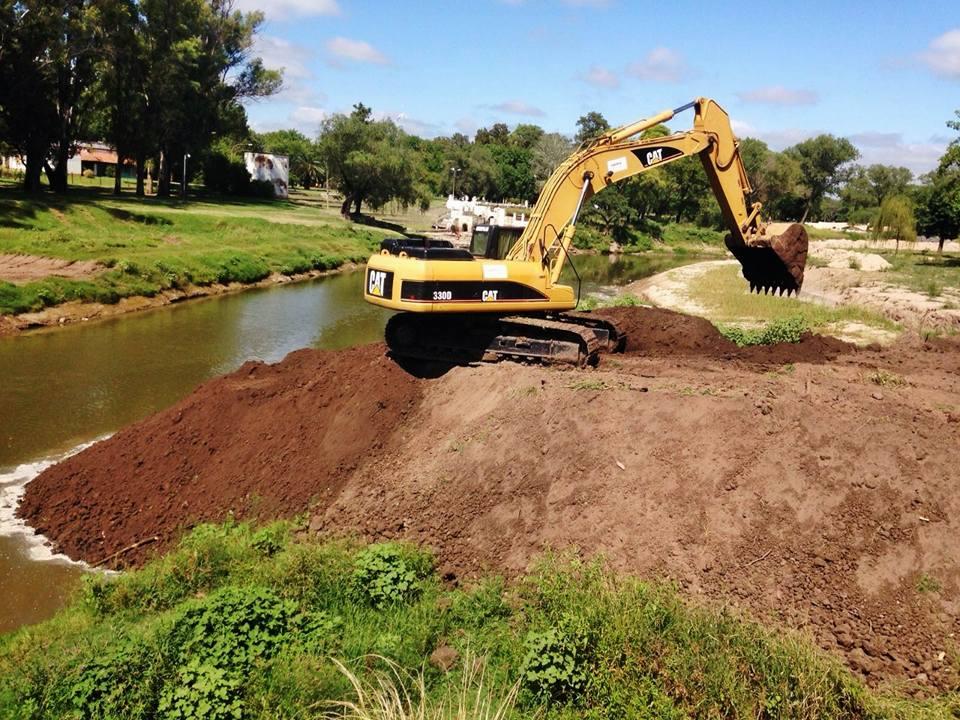 Tras las gestiones realizadas ante las autoridades provinciales y el Banco Interamericano de Desarrollo, finalmente se reanudan las obras en el río Areco.