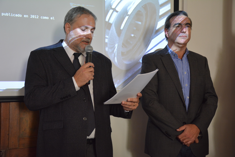 La Universidad Nacional de San Antonio de Areco comenzó este lunes por la tarde su segundo año de trabajo con un acto del que participaron autoridades locales, alumnos y docentes y una conferencia a cargo del físico argentino Fernando Monticelli, miembro del consorcio internacional CERN en Suiza.
