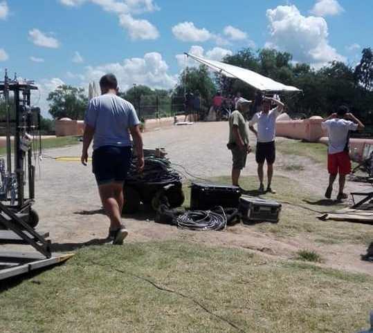 Este martes, la productora Polka estuvo filmando en nuestra ciudad escenas de la telenovela próxima a estrenarse en Canal 13,