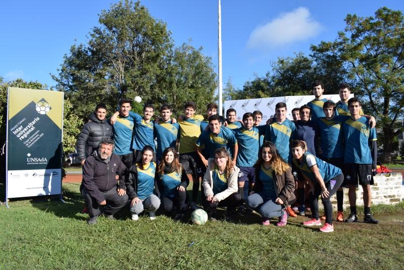 Entre las actividades que se realizan para conmemorar los cien años de la Reforma Universitaria, la Universidad Nacional de San Antonio de Areco organizó un torneo de fútbol del que participaron la Universidad Nacional de Luján (UNLu) y la Universidad Nacional del Noroeste de Buenos Aires (UNNOBA).