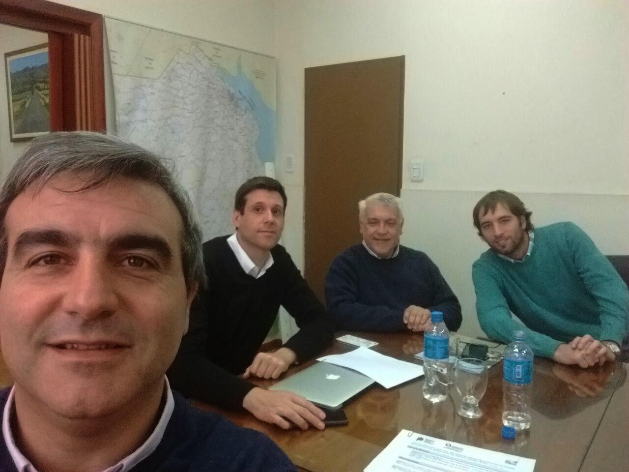 El intendente Francisco Durañona se reunió este lunes en La Plata con el Administrador General de Vialidad Provincial, Mariano Campos.