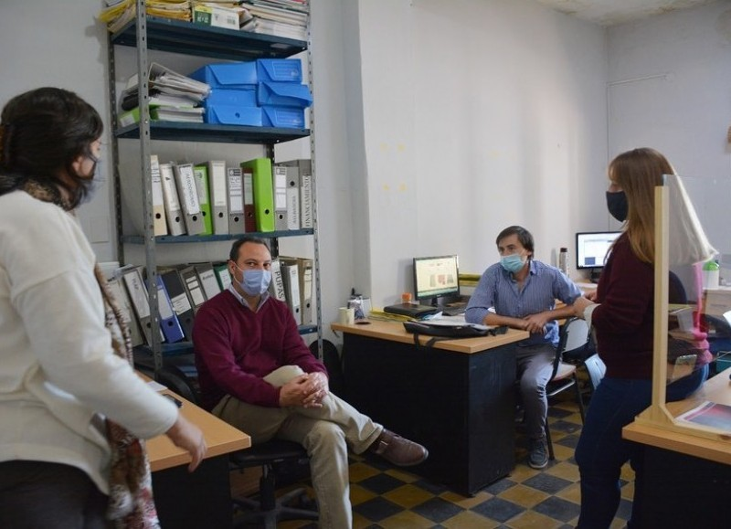 La Municipalidad de San Antonio de Areco realizó una reunión con la presencia del intendente donde se destacaron diversas áreas.