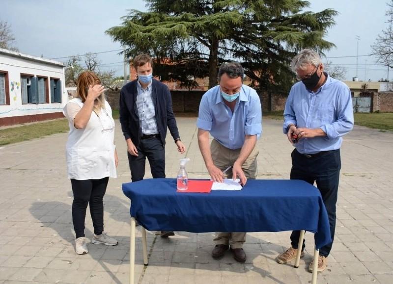 El financiamiento fue conseguido por el municipio a través del programa Escuelas a la Obra de la Provincia de Buenos Aires.