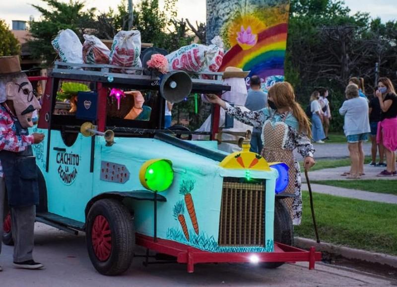 Con éxito se dio inicio al Carnaval Especial en la ciudad, con los cuidados y la prevención necesaria y la utilización del tapabocas.