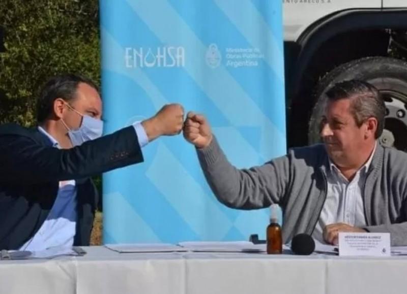 Esta semana el intendente arengo y anuncio más saneamiento para la ciudad de Areca a través de un convenio con el Gobierno Nacional.