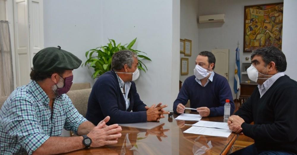 En búsqueda de un acuerdo en común, la Asociación Regional de Productores de Areco volvió a colaborar con la comuna.