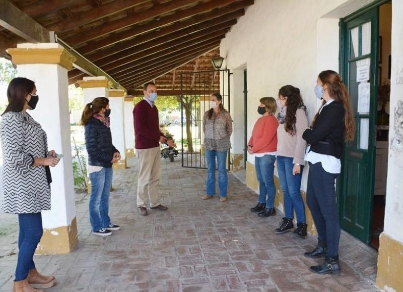 Francisco Ratto partició de una reunión entre las diversas áreas de la Municipalidad de San Antonio de Areco, para reformar diversos puntos de trabajo en común.