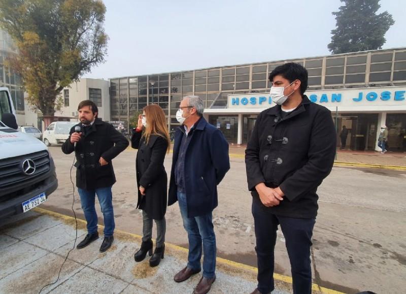El ministro de salud bonaerense, Nicolás Kreplak, realizó este viernes una recorrida por centros de salud de localidades de la Región Sanitaria IV.