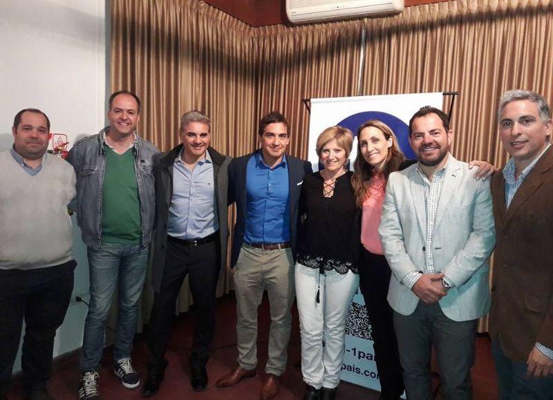 Martín Caso compartió una charla sobre seguridad y narcotráfico con Florencia Arietto y el vicepresidente de la Cámara de diputados de la Provincia de Buenos Aires, Ramiro Gutiérrez.