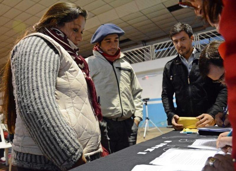 a Agencia Municipal de Hábitat entregó los números que usarán para el sorteo de los 24 lotes ubicados en distintos puntos de la localidad.