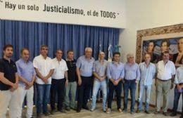 """Críticas a Vidal: """"Nos preocupa la mirada centralista y unitaria del sistema que se intenta imponer""""."""