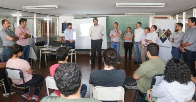 La Universidad Nacional de San Antonio de Areco crece a nivel regional.
