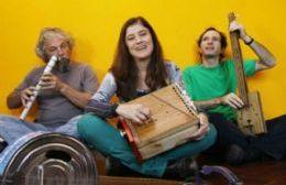 Los Musiqueros brindarán un show en la ciudad.