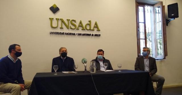 La UNSAdA lanza un plan de actividades de fortalecimiento de los equipos de salud de la región