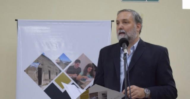 El rector de la Universidad de Areco se reunió con Trotta y Durañona