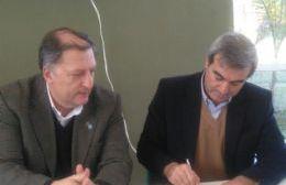 El presidente de la CIC, Pablo Romanasi, y el intendente Francisco Durañona.