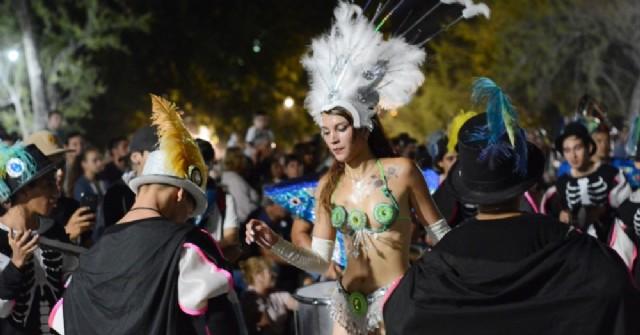 Noche de carnaval en Areco