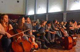 Alumnos y docentes de ambas instituciones compartieron el encuentro con un gran concierto de cierre en el Cine Vieytes.