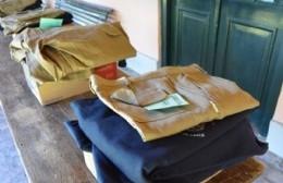 Entregaron ropa e indumentaria al personal de mantenimiento del Parque Criollo